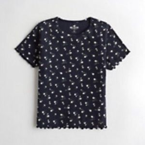 Hollister Must-Have Baby Tee Navy Floral Top